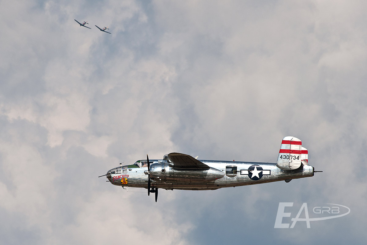 B25 Panchito with High Cover Above